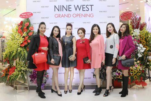 nine-west-khai-truong-hcm-2-490x327
